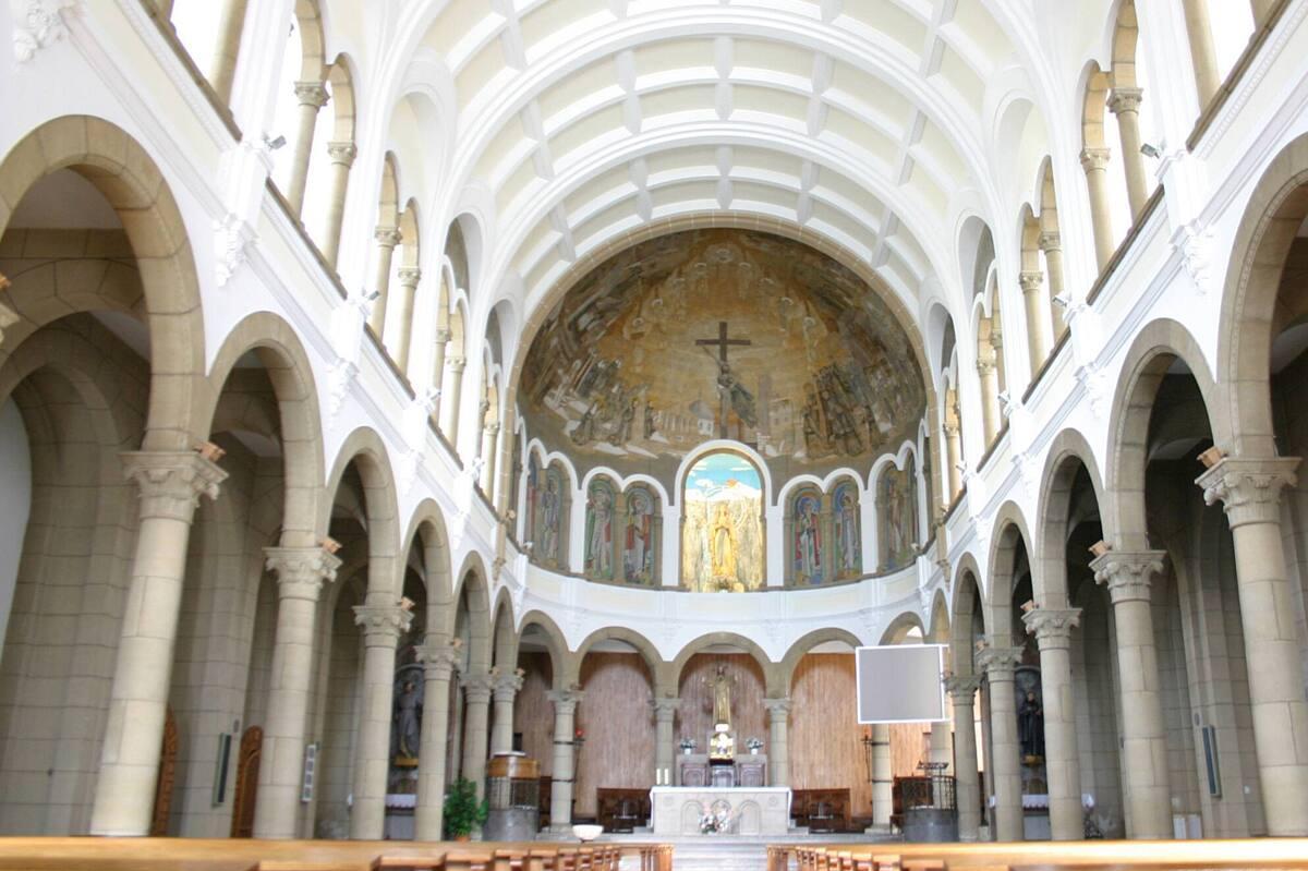 Nuestra Señora de Lourdes_01