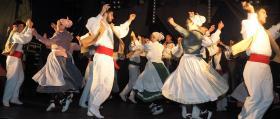 Escena_Danzas-vascas-tradicionales_2