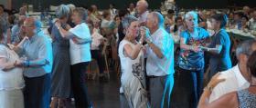Aitonas_Comida-y-baile